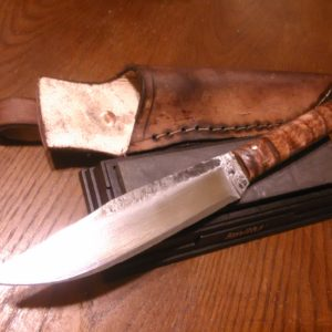 hand-forged-railroad-spike-knife-full-tang-maple-handle